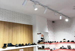 anti glare led tracking light for shoe shop - Anti-Glare LED Track Light