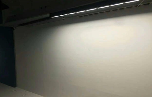 wall washer linear light effect for wall indoor 624x398 - Office Linear Light